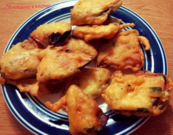 Recipe – Eggplant Fritters / Baingan Bhajji / Brinjal Bhajji