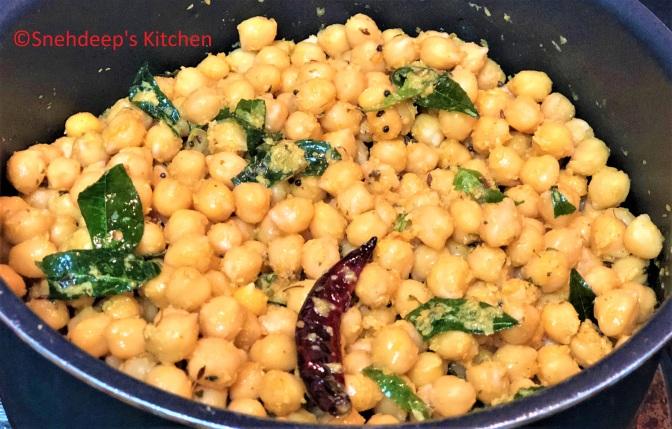 Recipe – Choley Sundal / Dry Choley