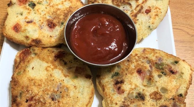 Recipe: Rava Toast / Sooji Bread Toast